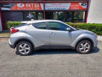 <strong>TOYOTA C-HR</strong><br/>1.2T 2WD Dynamic