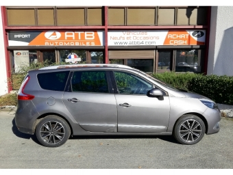 <strong>RENAULT GRAND SCENIC</strong><br/>1.5 dCi 110ch energy Bose eco² 7 places