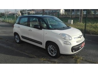 <strong>FIAT 500L</strong><br/>1.6 Multijet 16v 105ch S&S Lounge Business Bi-color (2014A)