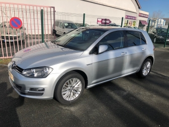 <strong>VOLKSWAGEN GOLF</strong><br/>1.6 TDI 105ch BlueMotion Technology FAP Cup 5p (2015A)