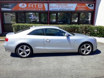 <strong>AUDI A5</strong><br/>3.0 V6 TDI 240ch DPF S line quattro Tiptronic (2009A)