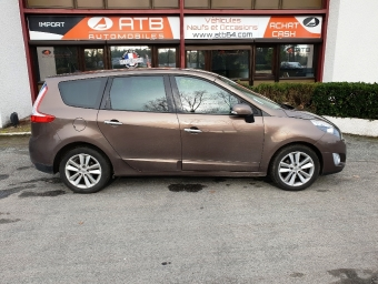 <strong>RENAULT GRAND SCENIC</strong><br/>1.9 dCi 130ch FAP Privilège Euro5 7 places