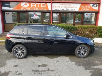 <strong>PEUGEOT 308</strong><br/>1.6 HDi FAP 92ch Style 5p