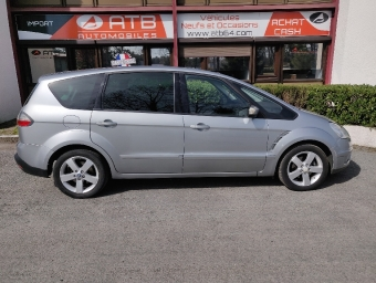 <strong>FORD S-MAX</strong><br/>1.8 TDCi 125 Titanium