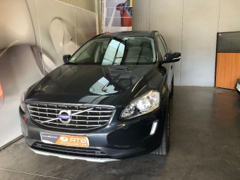 <strong>VOLVO XC60</strong><br/>Business D4 190 ch S&S Momentum Business