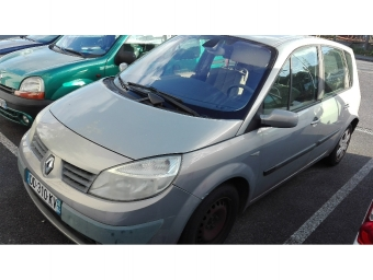 <strong>RENAULT SCENIC</strong><br/>1.6 16v 115ch Confort Expression (2003A)