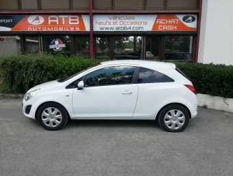 <strong>OPEL CORSA</strong><br/>1.2 Twinport Edition GPL 3p