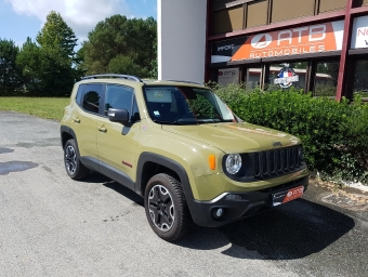 <strong>JEEP RENEGADE</strong><br/>2.0 MultiJet S&S 170ch Trailhawk 4x4 BVA9 (2015A)
