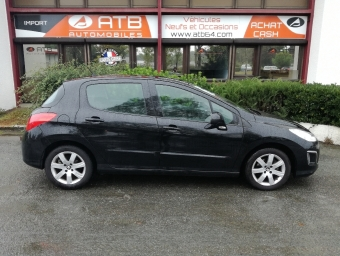 <strong>PEUGEOT 308</strong><br/>1.6 HDi92 FAP Style 5p (2012A)