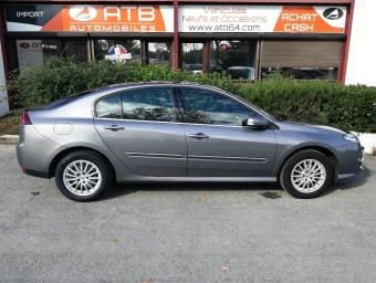 <strong>RENAULT LAGUNA</strong><br/>1.5 dCi 110ch FAP Black Edition champion eco² (2012A)