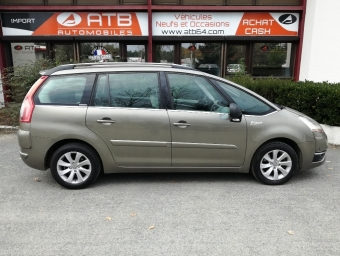 <strong>CITROEN GRAND C4 PICASSO</strong><br/>2.0 HDi138 FAP Exclusive BMP6 7pl (2010A)