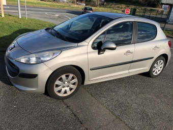 <strong>PEUGEOT 207</strong><br/>1.4 HDi70 Trendy 5p (2008A)