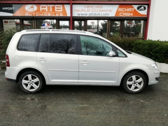 <strong>VOLKSWAGEN TOURAN</strong><br/>1.9 TDI 105ch Movie