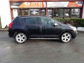 <strong>PEUGEOT 3008</strong><br/>1.6 HDi112 FAP Féline (2012A)
