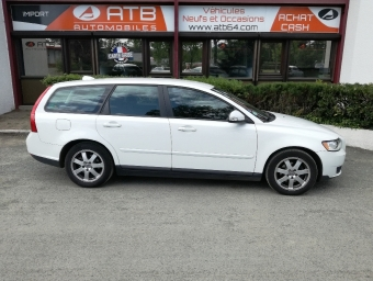 <strong>VOLVO V50</strong><br/>1.6 D 110ch Kinetic