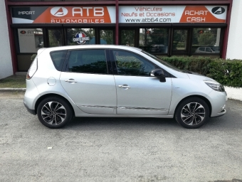 <strong>RENAULT SCENIC</strong><br/>2.0 dCi 150ch Bose BVA 2015