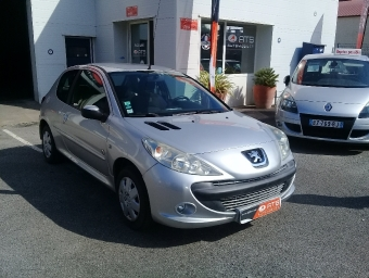 <strong>PEUGEOT 206 +</strong><br/>1.4 Active 3p (2012A)