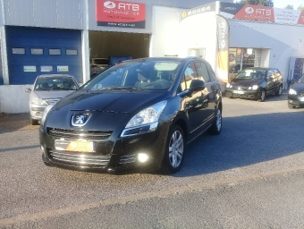 <strong>PEUGEOT 5008</strong><br/>1.6 e-HDi 112ch FAP BMP6 Allure 7pl