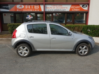 <strong>DACIA SANDERO</strong><br/>1.5 dCi 70ch Stepway (2010A)