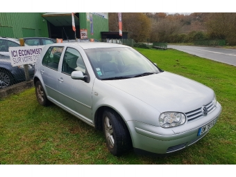 <strong>VOLKSWAGEN GOLF</strong><br/>1.9 TDI 115ch Carat 4Motion 5p