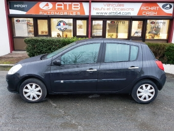 <strong>RENAULT CLIO</strong><br/>1.5 dCi 105ch Dynamique 5p (2008A)