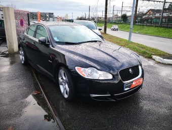 <strong>JAGUAR XF</strong><br/>3.0 V6 D S Luxe Premium (2011A)