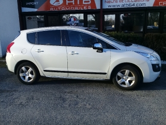 <strong>PEUGEOT 3008 HYBRID4</strong><br/>2.0 e-HDi FAP ETG6 88g + Electric 37ch (2013A)