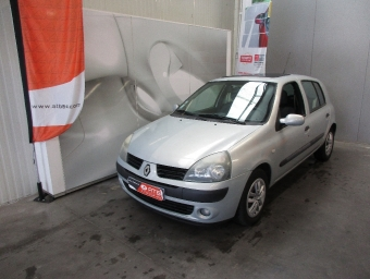 <strong>RENAULT CLIO</strong><br/> 1.4 16v Confort Authentique