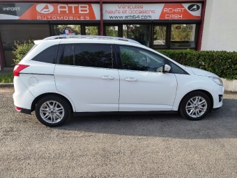 <strong>FORD GRAND C-MAX</strong><br/>1.6 TDCI 115 FAP Titanium