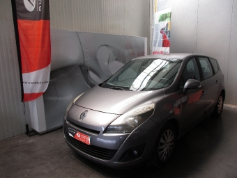 <strong>RENAULT SCENIC</strong><br/>Grand III dCi 105 eco2 expression 7 pl