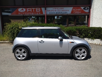 <strong>MINI MINI</strong><br/>1.6i - 115 Cooper