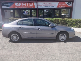 <strong>RENAULT LAGUNA</strong><br/>2.0 dCi 130 FAP eco2 Black Edition