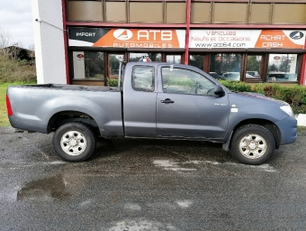 <strong>TOYOTA HILUX X-TRA CABINE</strong><br/>120 D-4D 4x4 LECAP
