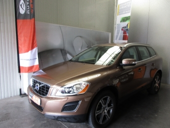 <strong>VOLVO XC60</strong><br/>D4 163 ch AWD Stop&Start Summum