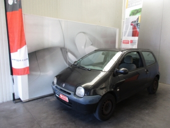 <strong>RENAULT TWINGO</strong><br/>1.2i 16V Priviléges