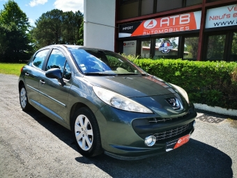 <strong>PEUGEOT 207</strong><br/>1.6 HDi 16V 90ch BLUE LION Premium