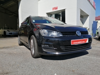 <strong>VOLKSWAGEN GOLF</strong><br/>SW 1.6 TDI 110 BlueMotion Technology Série Spéciale Lounge