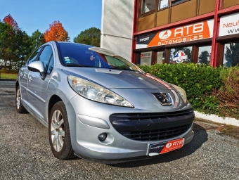<strong>PEUGEOT 207</strong><br/>1.6 VTi 16V 120ch Executive