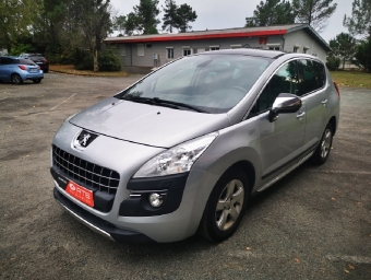 <strong>PEUGEOT 3008</strong><br/>1.6 HDi 16V 110ch FAP Féline