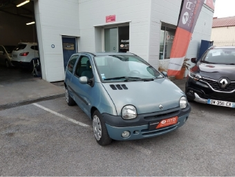 <strong>RENAULT TWINGO</strong><br/>1.2i Kiss Cool